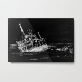 shipwreck aqrebwi Metal Print