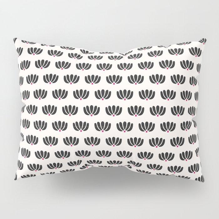 Pitanga Pillow Sham