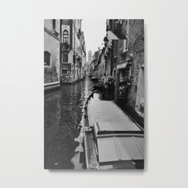 Pathway of a Gondolier in Venice Italy Metal Print