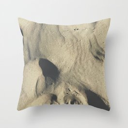 ~Footprints in the sand~ Throw Pillow