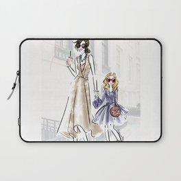 City fashion walk Laptop Sleeve