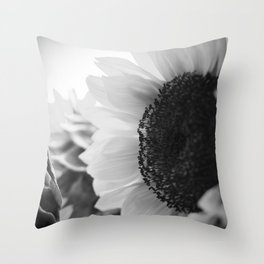 sunflower III Throw Pillow