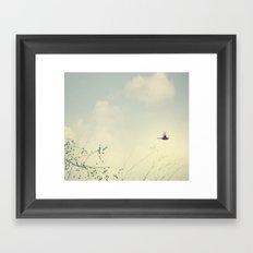 Cardinale Flight Framed Art Print