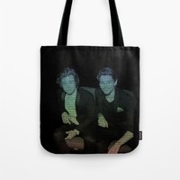 ed sheeran Tote Bags featuring Friends by Ed Sheeran- Larry  by JodiYoung