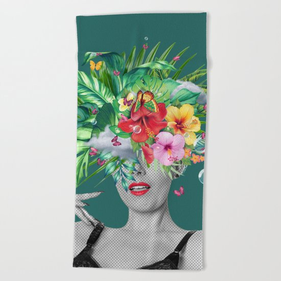 portriat floral Beach Towel