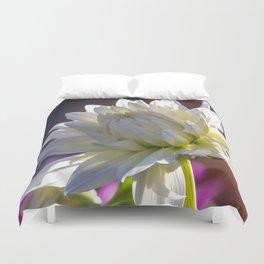Dahlia / In The Garden / 15 Duvet Cover