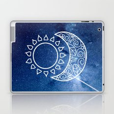 BETWEEN THE SUN AND THE MOON Laptop & iPad Skin