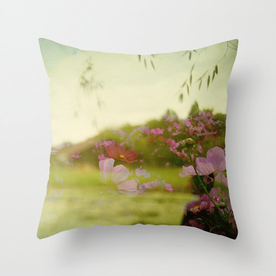 the air smelled like lightning Throw Pillow