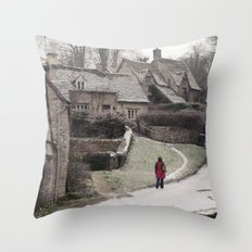i feel winter... Throw Pillow
