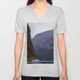 fjord Unisex V-Neck