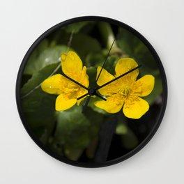 """""""Fleurs jaunes"""" Wall Clock"""