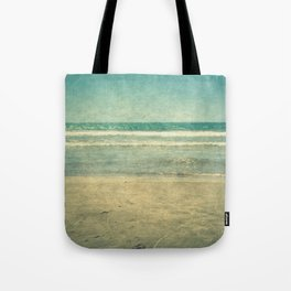 Seascape Vertical Vintage I Tote Bag