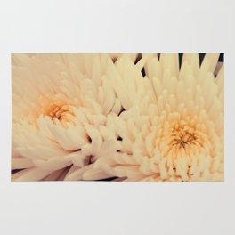 Gorgeous white dahlia Rug