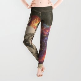 crying for a dead star Leggings