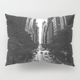 New York City (Black and White) Pillow Sham