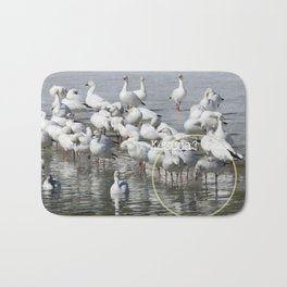 Les Oies Blanches : Kécéça ? - The White Geese : What'sthis? Bath Mat