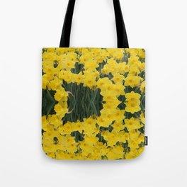 SPRING YELLOW DAFFODILS GARDEN DESIGN Tote Bag