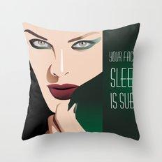 GIRL MAKE UP Throw Pillow