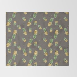 Kaki pineapple pattern Throw Blanket