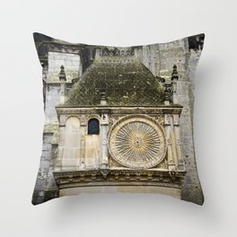 Cathédrale de Chartres Throw Pillow