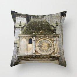 Cathédrale de Chartres Throw Pillow