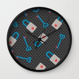 Love Lock and Keys Wall Clock