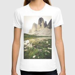 Tre Cime di Lavaredo - Golden Light Edit T-shirt