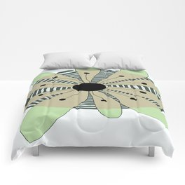 FLOWERY  CAMILLE / ORIGINAL DANISH DESIGN bykazandholly Comforters