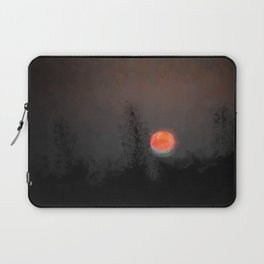 Blood Moon with Green Tinge Laptop Sleeve
