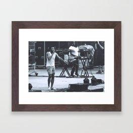 gambino can sing (Childish Gambino) Framed Art Print