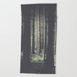Forest feelings Beach Towel