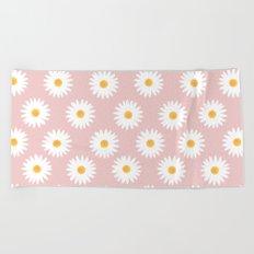 Quartz rose daisy pattern Beach Towel