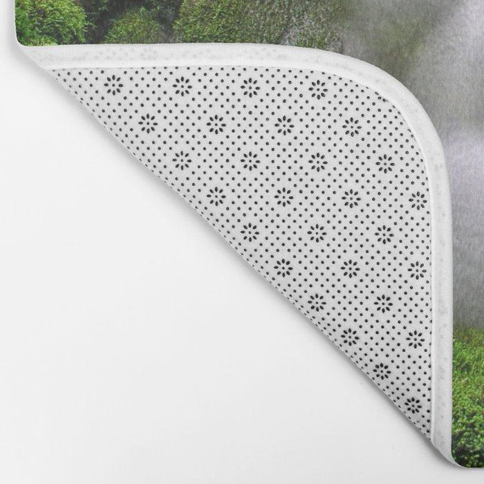 Flowing water Bath Mat