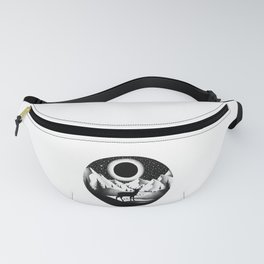 WATCHING THE ECLIPSE Fanny Pack