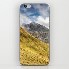 Mountain beauty iPhone Skin