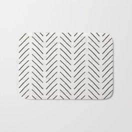 Arrow Tip Pattern Bath Mat