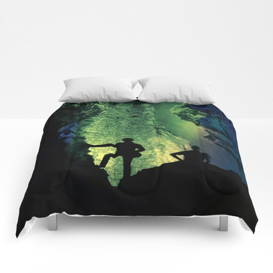 no lights to climb Comforters
