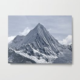 Nevado Piramide Mountain Metal Print