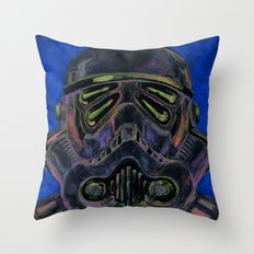 dark stormtrooper with 4 eyes Throw Pillow