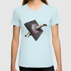 Vadavarot Womens Fitted Tee MEDIUM Light Blue