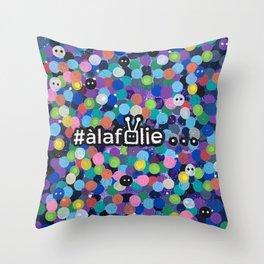 confettis à la folie Throw Pillow