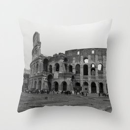Colosseo Throw Pillow
