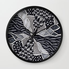 To the Middle Wall Clock