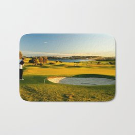 Chipping Onto The Green, Long Reef Golf Course, Sydney Bath Mat
