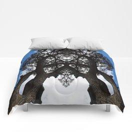 Leaning Tree Comforters