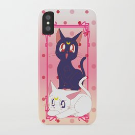 Luna e Artemis  iPhone Case