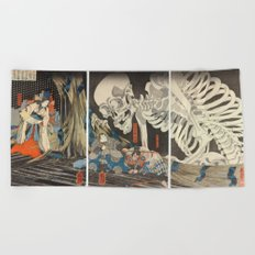 Takiyasha the Witch and the Skeleton Spectre Beach Towel
