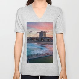 Queenscliff Unisex V-Neck