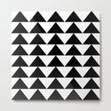 Black & White Triangles by kekeziah