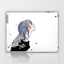 Ein Mädchen. Laptop & iPad Skin